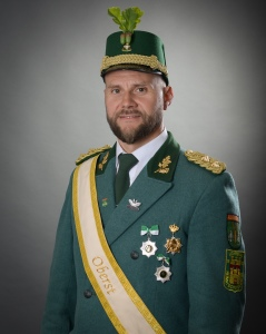 Oberst Michael Kniewel